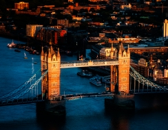 foto  Tramonto sul tower bridge