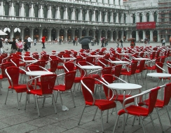 foto  Piazza san marco in .. rosso